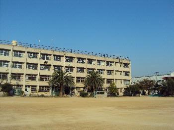 加納小学校の画像1