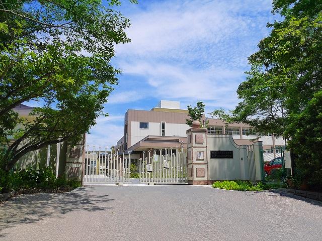 奈良市立富雄第三中学校の画像