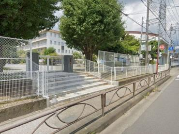秦野市立西小学校の画像1