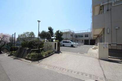 横浜市立岡津中学校の画像1
