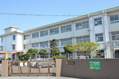 塔野小学校の画像3
