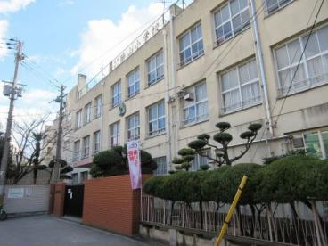 大阪市立 勝山小学校の画像1