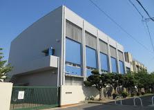 盾津中学校の画像1