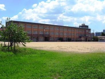 門真市立東小学校の画像1