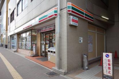セブンイレブン神戸板宿駅前店の画像1