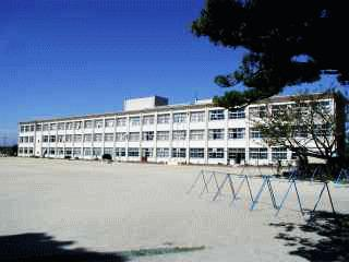江南市立布袋小学校の画像1