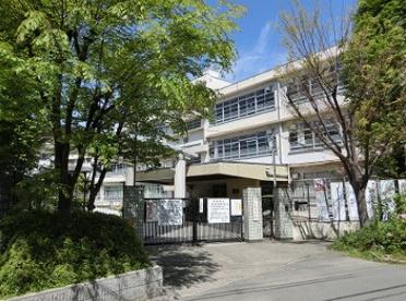 尼崎市立小田中学校の画像1
