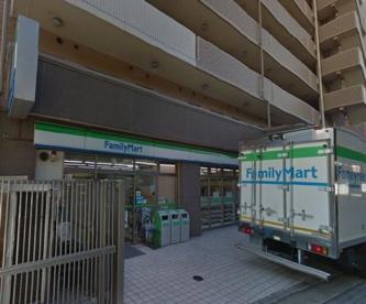 ファミリーマート 堺駅南口店の画像1