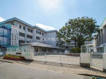 練馬区立関中学校の画像1