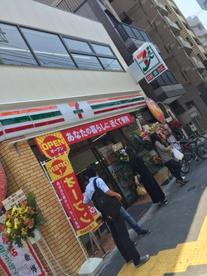 セブン-イレブン 北新宿1丁目大久保通り店の画像1