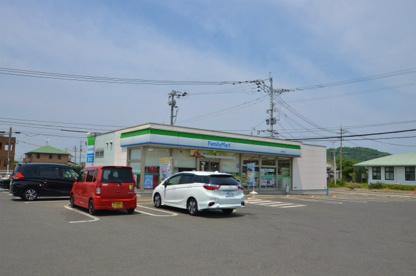 ファミリーマート水巻中央店の画像1