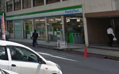ファミリーマート 南船場一丁目店の画像1