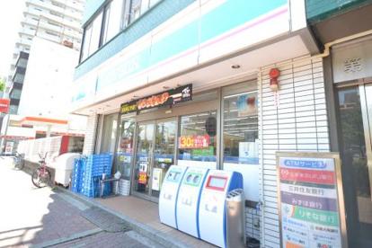 ローソン 堺北安井町店の画像1