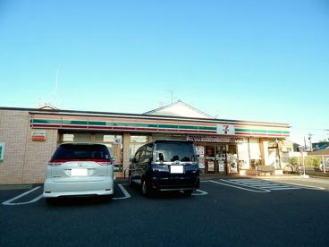 セブン−イレブン名古屋野並2丁目店の画像1