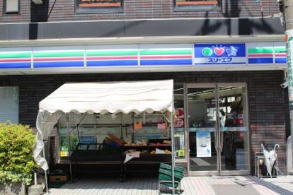 スリーエフ大田蓮沼駅前店の画像2