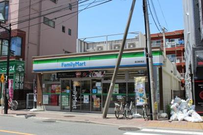 ファミリーマート 蓮沼駅西店の画像1
