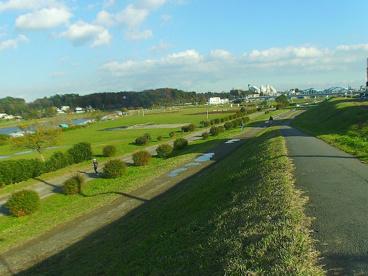 多摩川遊歩道 上丸子八幡町付近の画像1
