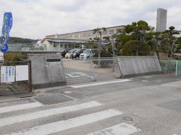 富田小学校の画像2