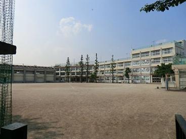 練馬区立豊渓中学校の画像1