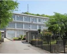 花田中学校の画像1