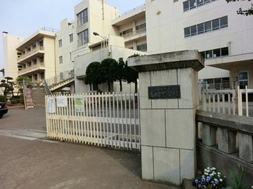 富岡中学校の画像1