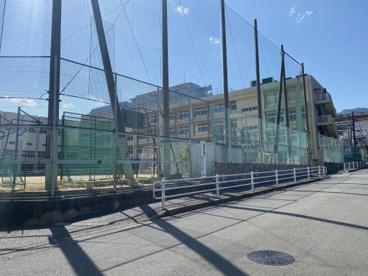 神戸市立 烏帽子中学校の画像1