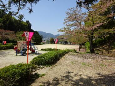 築山児童公園の画像1
