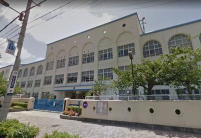 神戸市立本山第二小学校の画像1