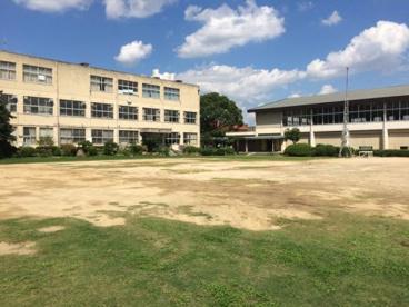 乙島東小学校の画像2