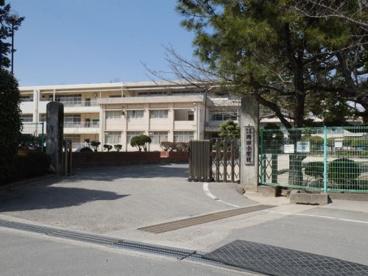 岡田小学校の画像1