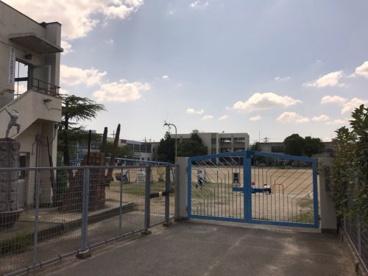 寝屋川市立成美小学校の画像1