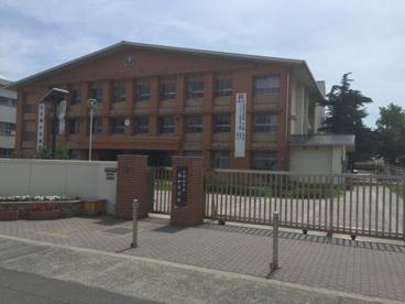 西和中学校の画像1