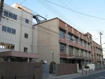 大阪市立 三稜中学校の画像1