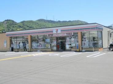セブン-イレブン 高知神田西店の画像1