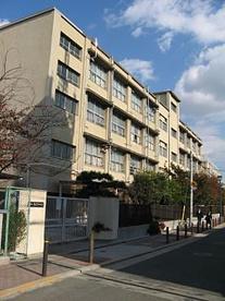 大阪市立 東住吉中学校の画像1