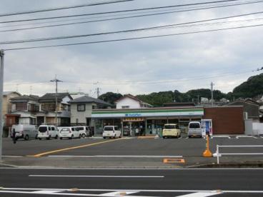 ファミリーマート高知瀬戸店の画像1