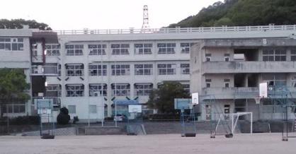 戸坂中学校の画像1