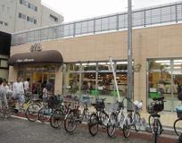 松原商店街内 スーパーマルセン