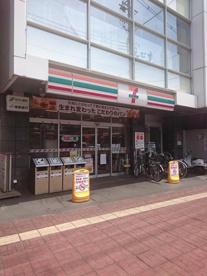 セブンイレブン堺中百舌鳥駅北口店の画像1