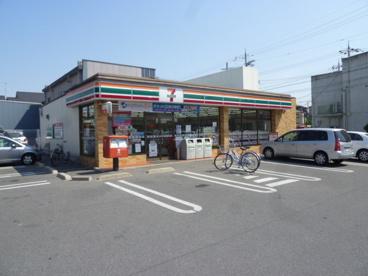 セブンイレブン堺金岡町店の画像1