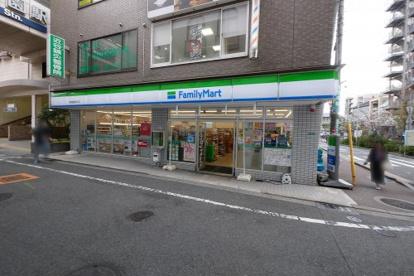 ファミリーマート 甲東園駅東口店の画像3