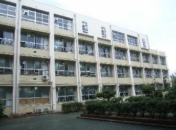 松原市立 松原第五中学校の画像1