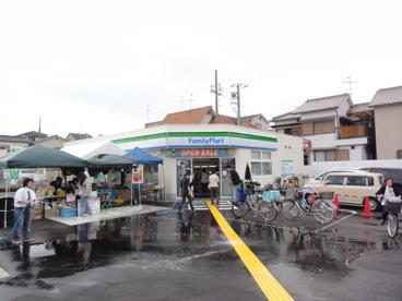 ファミリーマートMYS八尾中田店の画像1