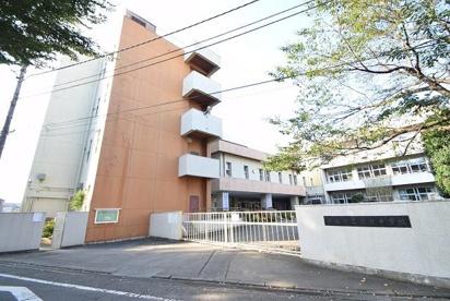 青梅市立霞台中学校の画像1