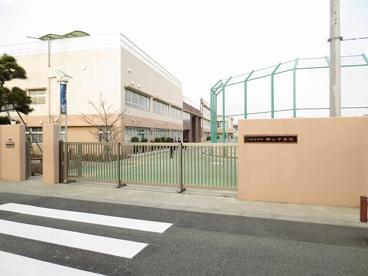 八王子市立横山中学校の画像1