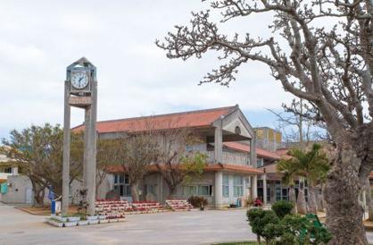 沖縄市立宮里小学校の画像1