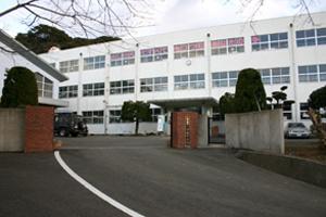 中里中学校の画像1
