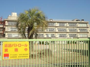 宝塚市立安倉北小学校の画像1