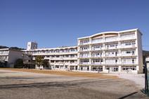 高知市立初月小学校
