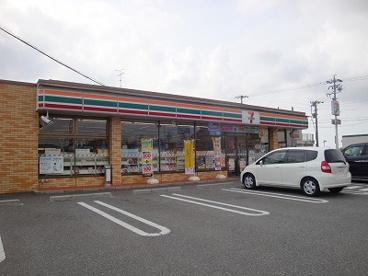 セブン-イレブン高浜稗田町店の画像1